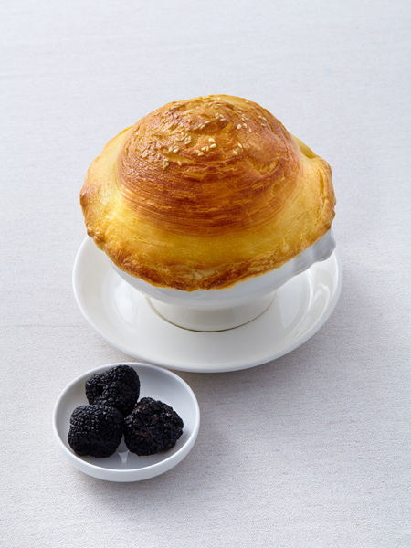 Cream Soup  w/ Truffle Puff Pastry Tops & Seafood/subject to NT$50 surcharge